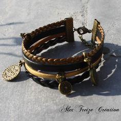 Bijou créateur - bracelet multi-rangs cordons cuir tons bronze doré et noir breloques ethniques plume et sequin émaillé