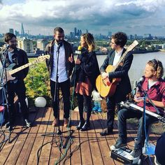 @BalconyTVLondon yesterday with @LouiseHoughton_ interviewing  @o2academyoxford tonight - STAGE TIME: 8:45pm  #BalconyTV #London #NewMusic