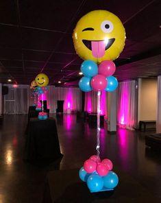101 fiestas: Ideas para tus centros de mesa de emoji o emoticon...