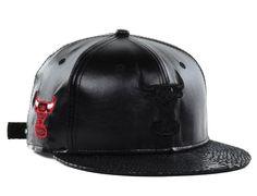 "Chicago Bulls New Era ""NBA Hardwood Classics Leather Luxe Strapback Cap"" Best Caps, 5 Panel Hat, Strapback Cap, Team Cap, Leather Cap, Chicago Bulls, New Wardrobe, Nba, Mens Fashion"