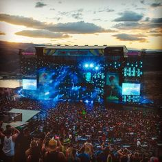 If you have been to the Gorge, you know this venue is pure magic 🌄✨ What was your favorite Paradiso moment? If you want to experience Paradiso this year & are giving away a. Music Festivals, Concerts, Ducati, Yamaha, Food Tattoos, Festival Photography, Indie Hipster, Edm Festival, Daft Punk