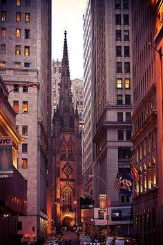 New York City - Trinity Church - Wall Street & Broadway - Financial District