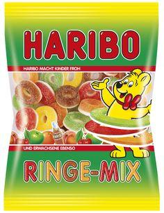 Süß-kandierte Fruchtgummiringe unterlegt mit Schaumzucker finden sich im HARIBO RINGE-MIX. Bei dieser Vielfalt im Beutel bleiben keine Wünsche offen, denn der HARIBO RINGE-MIX überzeugt nicht nur mit dem klassischen Cola-Geschmack, sondern auch mit den fruchtigen Geschmacksrichtungen Apfel, Kirsche, Pfirsich und Saftorange.