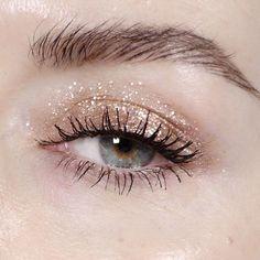 Glitter eye + bold brow.