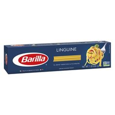 Try Barilla Linguine! This thin pasta shape works with all pasta dishes but is best known to be paired with traditional pesto. Related to fettuccine, but thinner for a lighter feeling Gender: unisex. Fettuccine Pasta, Linguine, Pasta Barilla, Types Of Pasta Sauce, Creamy Carbonara Sauce, Fun Pasta, Easy Tomato Sauce, Pasta Maker, 6 Pack