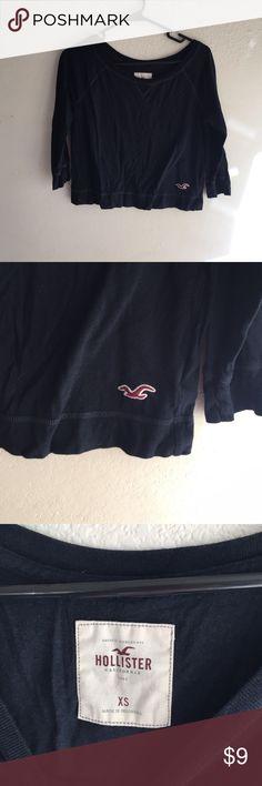 Hollister Cropped long sleeve shirt Light weight cropped crew neck Hollister Sweaters Crew & Scoop Necks