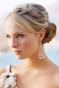 Google Image Result for http://images.totalbeauty.com/uploads/editorial/bridal_beauty/bridal-hair-stay-L_01.jpg