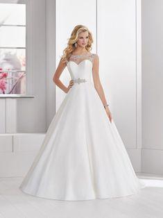 276889161a Ronald Joyce Archives - Pure Brides. Ronald Joyce Wedding DressesWedding ...