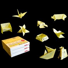 First there were post-it pillows. Now comes origami post-it notes by UK-based design company Suck UK. Paper Crafts Origami, Oragami, Arts And Crafts, Diy Crafts, Sticky Notes, Stuff To Do, Fun Stuff, Paper Art, Geek Stuff