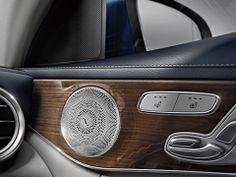 The new Mercedes-Benz C-Class interior