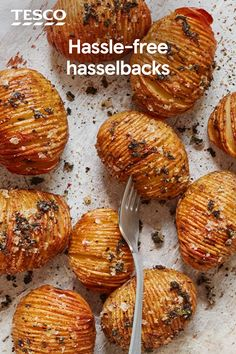 Serve up these spectacular spuds instead of classic roasties for your Christmas dinner this year. Irresistibly crisp and crunchy, the sliced potatoes are flavoured with piquant rainbow peppercorns for a colourful addition to your roast. Veggie Recipes, Vegetarian Recipes, Cooking Recipes, Hasselback Potatoes, Sliced Potatoes, Roast Dinner Side Dishes, Xmas Food, Christmas Food Ideas For Dinner Meals, Tesco Real Food