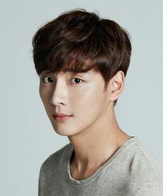 Yoon ShiYoon
