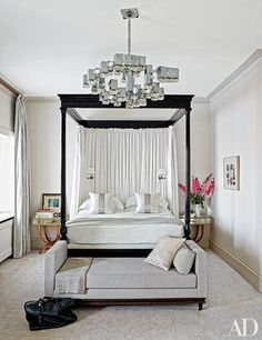 Charmant Bedroom Chandelier Inspiration