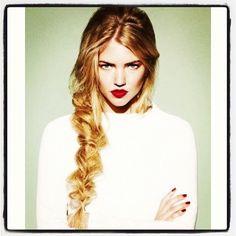 Blonde braid and red lips  #long #hair #longhair #inspiration #longhairdontcate #lhdc #blonde #instablonde #loosebraid #braid #braided #redlips #glam #glamour #hairpost #hairpic  #length #mane #locks