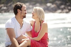 love shoot: cute & colourful beach shoot {kristi & ramsay} | b.loved weddings | UK Wedding Blog | Wedding Design & Styling