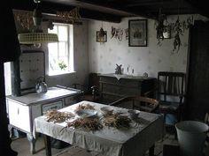 Early 1900s kitchen, Germany. Museumsdorf Cloppenburg, Landarbeiterhaus