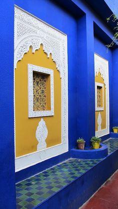 royal blue, mustard yellow/ Morocco: At Jardin Majorelle Moroccan Design, Moroccan Decor, Moroccan Style, Jardim Majorelle, Moroccan Garden, Interior And Exterior, Interior Design, Moroccan Interiors, Islamic Architecture