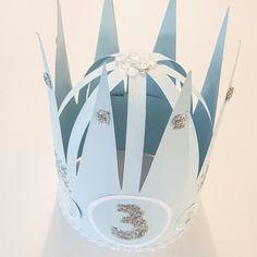 Frozen birthday hat