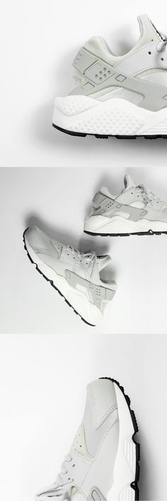 Nike Air Huarache: Sail/Bone