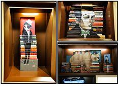 Livros empilhados e montados de maneira que formam imagens perfeitas de animais, pessoas e o que mais Mike Stilkey desejar.  Esse artista americano foi convidado por uma boutique em Hong Kong para criar essas inatalações feitas de livros. E não apenas grandes espaços decorados dessa forma, M. criou, também, modelos mais simples para serem colocados em prateleiras.