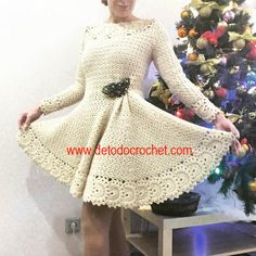 Crochet dress with plate skirt and back neckline Cute Crochet, Crochet Crafts, Crochet Baby, Yarn Projects, Crochet Projects, Baby Patterns, Crochet Patterns, Sewing Techniques, Crochet Stitches