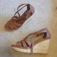Old Navy wedges Only worn twice. Size 8. Shoes