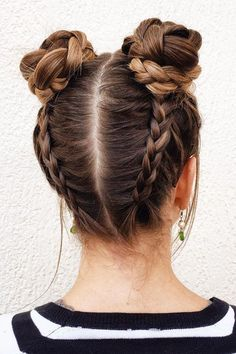 Braided Space Buns Channel your inner Ariana Grande, with these super cute buns!… Braided Space Buns Channel your inner Ariana Grande, with these super cute buns!…,Frisuren Braided Space Buns Channel your inner Ariana Grande,. Cool Hairstyles For Girls, Different Hairstyles, Trendy Hairstyles, Short Haircuts, Shag Hairstyles, Hairstyles 2016, Teenage Hairstyles, Wedding Hairstyles, Bun Hairstyles With Braids