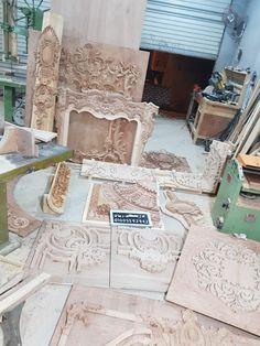 Carved Wood, Furniture Design, Design Ideas, Carving, Ornaments, Projects, Diy, Black, Decor