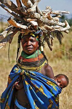 Sacrificada mamá de Angola.