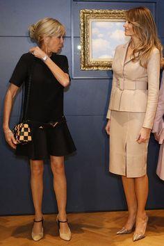 Первая леди США Меланья Трамп выбрала костюм из кожи от бельгийского кутюрье