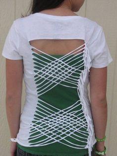 white cut t shirt-camp idea. Diy Cut Shirts, T Shirt Diy, Cutting Shirts, T Shirt Reconstruction, Cut Up T Shirt, T Shirt Hacks, Diy Vetement, Shirt Refashion, Diy Clothing