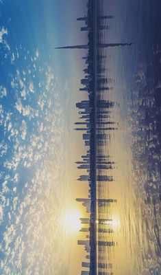 I like the horizon line used in this photo. The horizon line in this panoramic picture with the panoramic effect make the viewer feel as if they are out on the ocean looking at the sunrise near the city skyline. Panoramic Photography, Landscape Photography, Nature Photography, Photography Ideas, Photography Flowers, Film Photography, Beautiful World, Beautiful Places, Cool Pictures