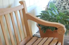 Chicago Garden Bench made at ShackletonThomas