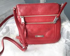 Many compartments for all your need and a long strap to cross over body. Leather Satchel, Leather Purses, Red Leather, Purse Crossbody, Red Bags, Beautiful Handbags, Calvin Klein, Vintage, Cute Handbags