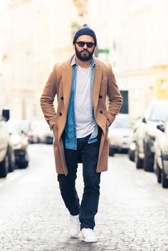 There's just something about a well-dressed man that makes us weak in the knees. http://www.thecoveteur.com/alexandre-mattiussi/