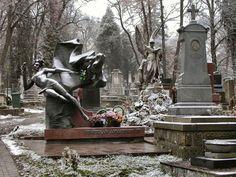 El cementerio de Lychakivskiy en Lviv, Ucrania