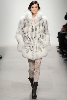 Leonard Fall 2014 Ready-to-Wear - Collection - Gallery - Style.com