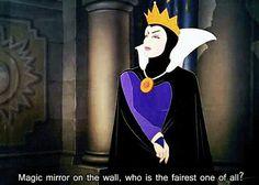 La Regina Grimilde nel lungometraggio Disney Snow White and the Seven Dwarfs (1937)