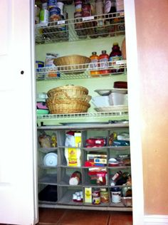 Inexpensive pantry storage solution: a shoe rack!