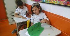 Do fundo do baú: escola revive caderno de perguntas em atividade pedagógica