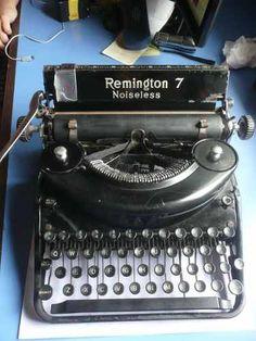 Maquina De Escribir Antigua Remington 7 Noiseless