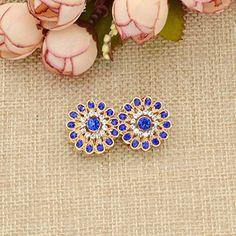 Amazon.com: Magnetic Rhinestone Hijab Pins Muslim Headscarf Clasp Brooch Shawl Scarf Pins 1 Pair: Jewelry