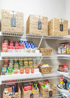 Nine Ideas to Organize a Small Pantry with Wire Shelving Reach-in pantries are tough. Practical ways that are easy to keep up with for the new year, here are nine ideas to organize a small pantry with wire shelving. Small Pantry Closet, Tiny Pantry, Small Pantry Organization, Style Pantry, Pantry Storage, Organization Hacks, Pantry Ideas, Organized Pantry, Kitchen Pantry