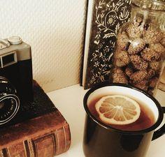 Tea Time. #vintage