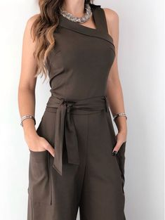 Solid Pocket Design Self Belted Jumpsuit Simple Outfits, Classy Outfits, Chic Outfits, Trend Fashion, Boho Fashion, Fashion Dresses, Moda Instagram, Royal Clothing, Sleeves Designs For Dresses