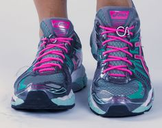 Restless pink for sports! Slide them in and ready to work out and give your most! Fashion Accessories, Hair Accessories, Asics, Headbands, Health Fitness, Comfy, Workout, Sneakers, Sports