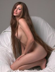 Nude Beautiful And Long Hair  C2 B7 Haarlangen Sehr Lange Haare Sexy Erotisch Langhaarfrisuren