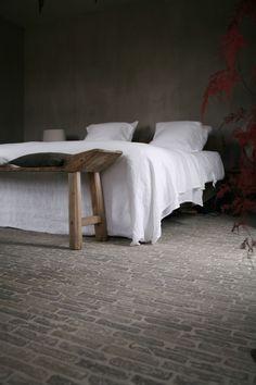 rustic + minimal bedroom | interior design + decorating ideas