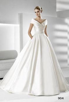 SIMBOLO by La Sposa Wedding Dress