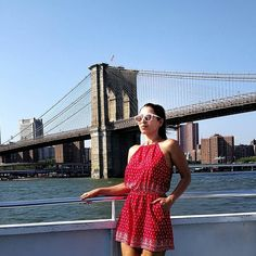 Balancing myself on the ferry with wind ready to blow away my sunglasses.... Just to get a perfect pic with this iconic bridge Shot by #vivoV5s  Shades by @titansunglasses.india  #SBNGoesToIIFA #SBNTravels  #SBNGoesToNewYork  #stylishbynature #vivoindia . . . . . #indianfashionblogger #fashion #style #whatiwore #look #lookbook #yummy #delhi #iifa #indiantravelblogger #travelphotography #luxury #college #school #instagood #indianbeautyblogger #indianyoutuber #aboutlastnight #aboutalook…